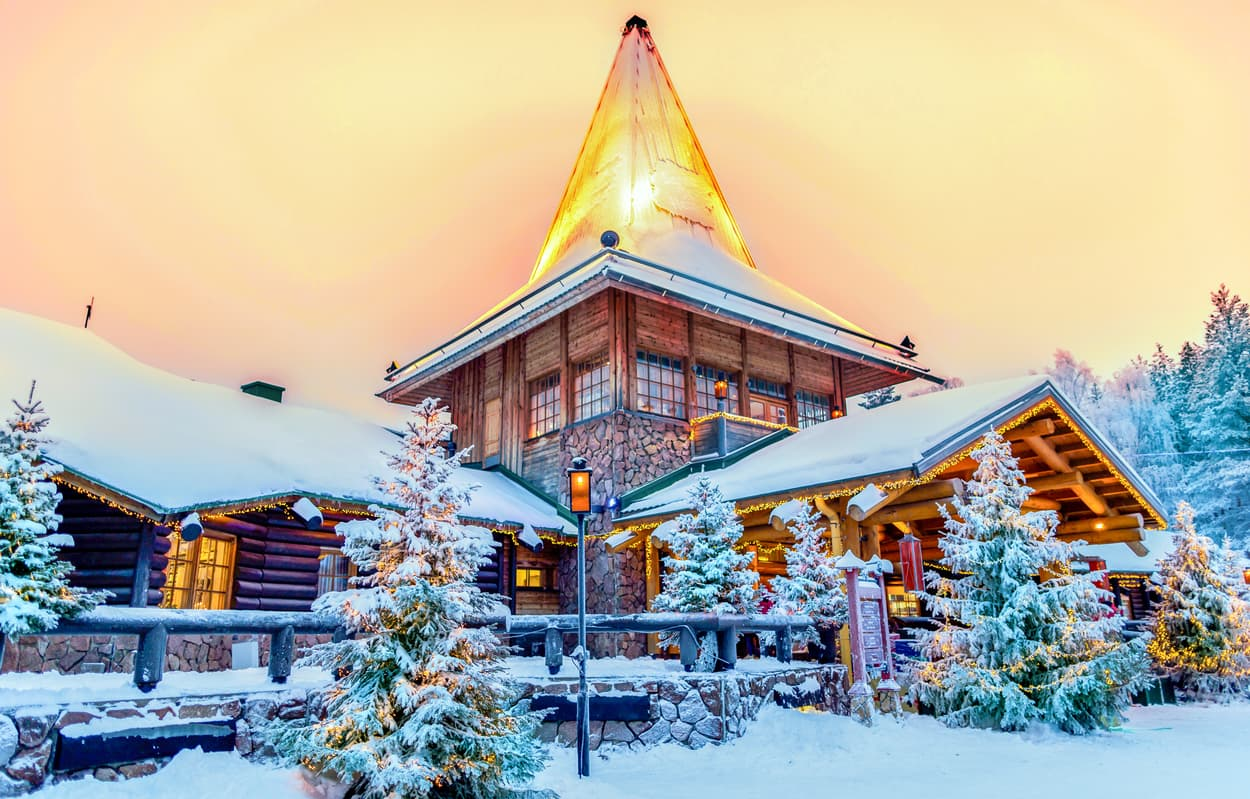 lapland rovaniemi santa clause village wanderlust trips Northern Lights