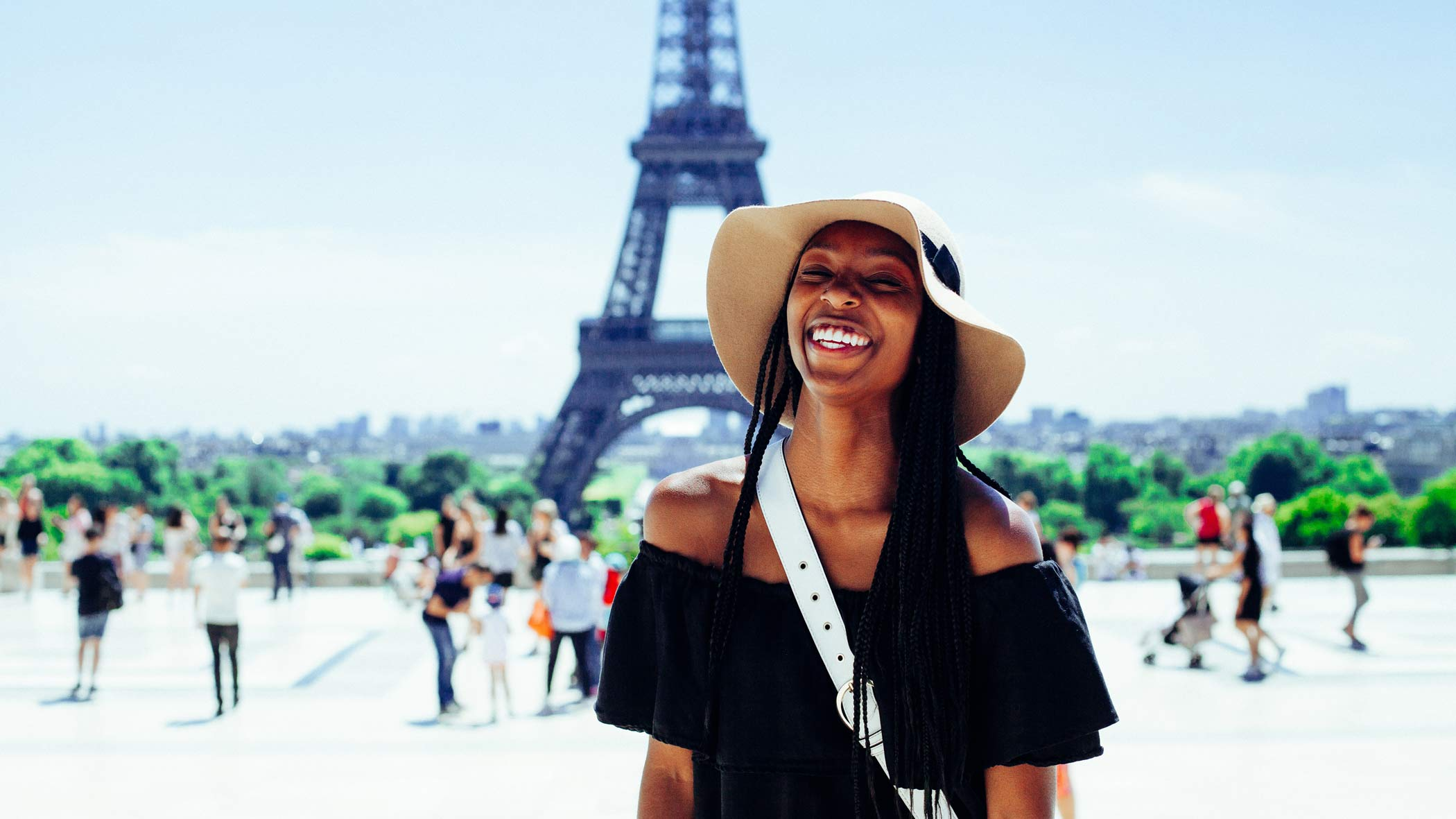 Wanderlust Trips exploring Paris, girl, Eifel Tower