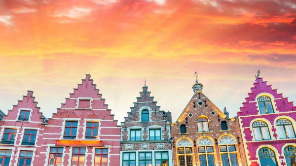 Bruges in Belgium on a sunny day with Wanderlust Trips to Brussels